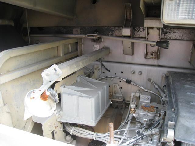 「その他」「クオン」「トラック」「北海道」の中古車8