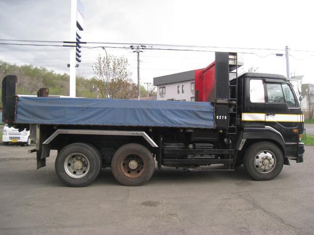 「その他」「ビッグサム」「トラック」「北海道」の中古車4