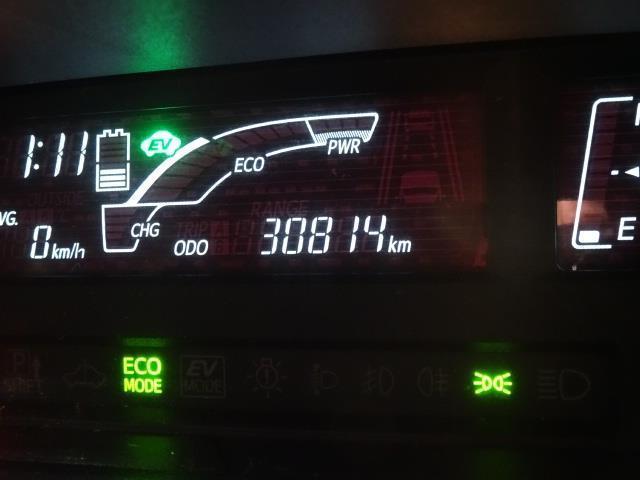 G G's 寒冷地仕様 メモリーナビ フルセグTV DVD再生 バックモニター スマートキー LEDヘッド ワンオーナー(9枚目)