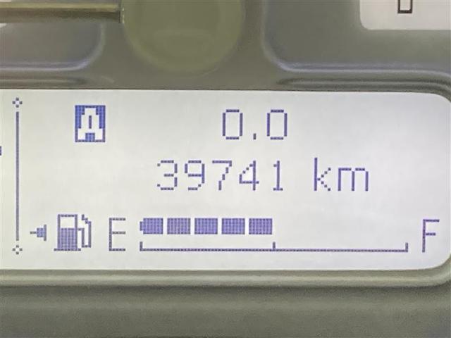 S 4WD フルセグ メモリーナビ DVD再生 バックカメラ 衝突被害軽減システム ETC HIDヘッドライト アイドリングストップ(19枚目)