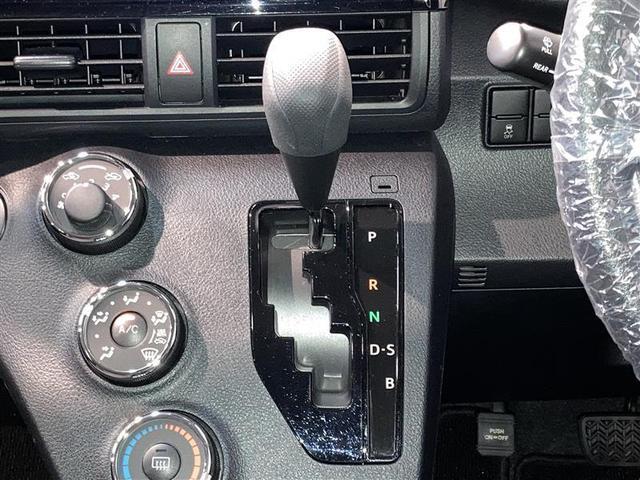X 4WD ワンセグ メモリーナビ DVD再生 ミュージックプレイヤー接続可 バックカメラ 衝突被害軽減システム ETC ドラレコ 電動スライドドア ウオークスルー 乗車定員6人 3列シート(17枚目)