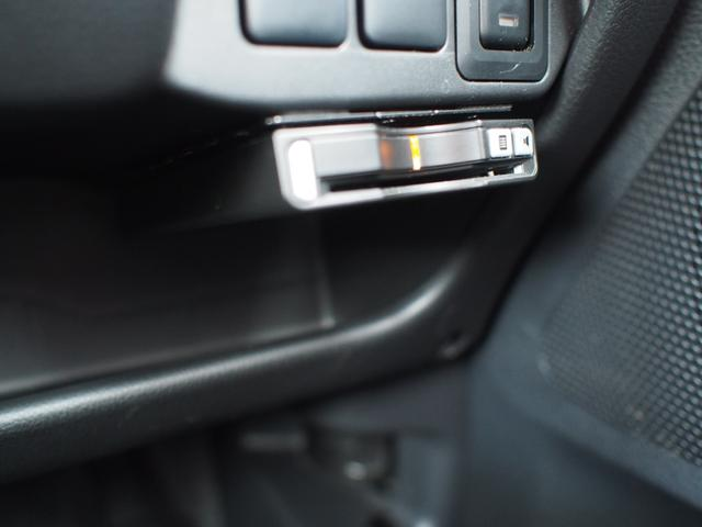ETC車載器がついています。高速道路での通行料の支払いがスムーズにできます。
