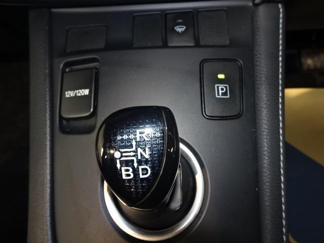 「トヨタ」「オーリス」「コンパクトカー」「北海道」の中古車12