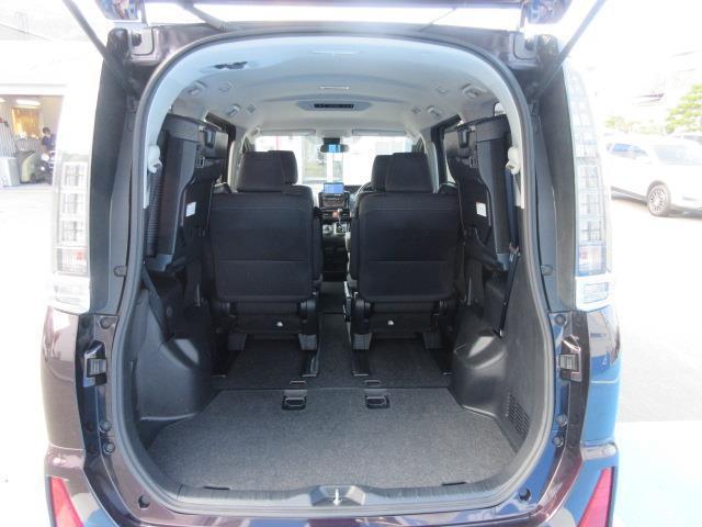 ZS 4WD DVD再生 衝突被害軽減システム 電動スライドドア LEDヘッドランプ ウオークスルー 乗車定員7人 3列シート ワンオーナー アイドリングストップ(15枚目)