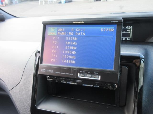 ZS 4WD DVD再生 衝突被害軽減システム 電動スライドドア LEDヘッドランプ ウオークスルー 乗車定員7人 3列シート ワンオーナー アイドリングストップ(19枚目)