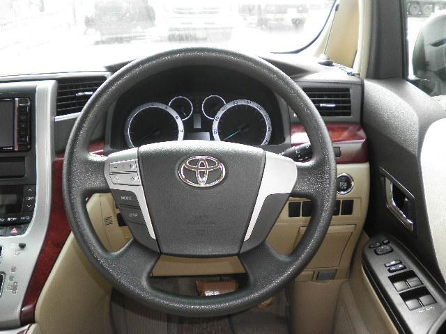 トヨタ アルファード 240X 4WD 左右パワースライド ナビTV 後席モニター