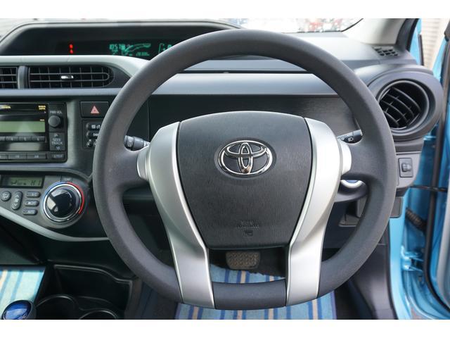 トヨタ アクア S 社外SDナビテレビ・本州仕入・ハイブリット車