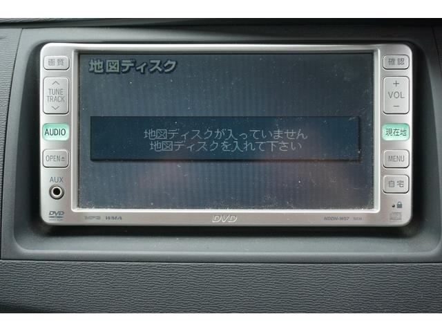 トヨタ アイシス プラタナ4WD 純正DVDナビ・パワースライドドア・本州仕入