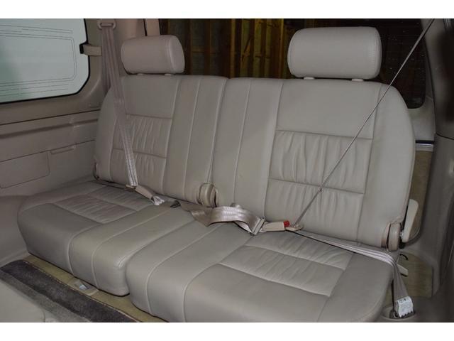 「トヨタ」「ランドクルーザー100」「SUV・クロカン」「北海道」の中古車31