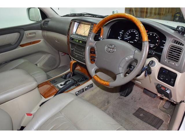 「トヨタ」「ランドクルーザー100」「SUV・クロカン」「北海道」の中古車49