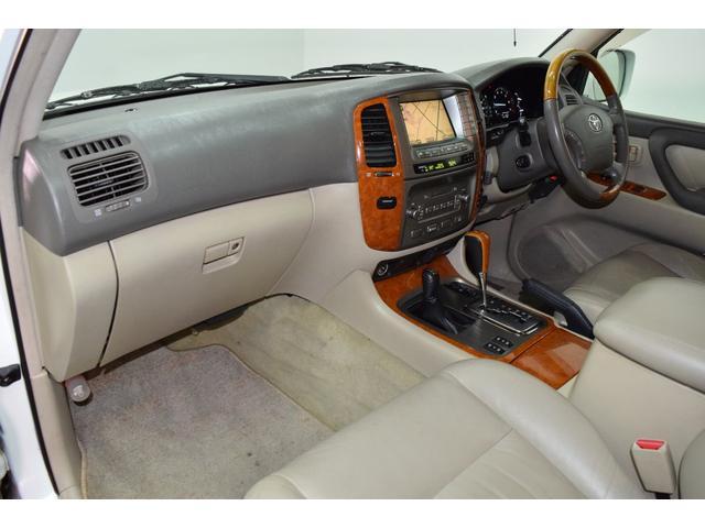 「トヨタ」「ランドクルーザー100」「SUV・クロカン」「北海道」の中古車51