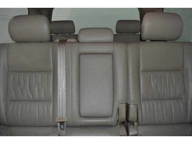 「トヨタ」「ランドクルーザー100」「SUV・クロカン」「北海道」の中古車54