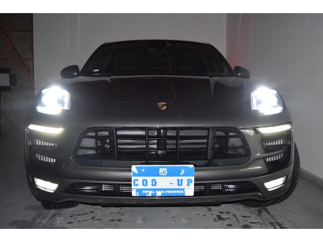 マカンGTS ターボ・4WD・純正SDナビ・サイド・バックカメラ・BOSEサウンド・パワーシート・シートヒーター・エンボス加工シート・パークセンサー・本州仕入(4枚目)