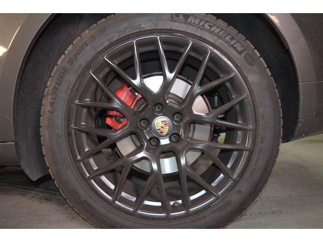 マカンGTS ターボ・4WD・純正SDナビ・サイド・バックカメラ・BOSEサウンド・パワーシート・シートヒーター・エンボス加工シート・パークセンサー・本州仕入(33枚目)