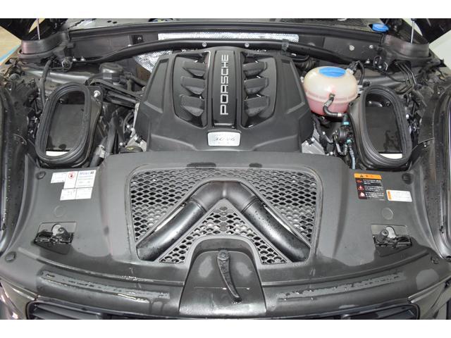 マカンGTS ターボ・4WD・純正SDナビ・サイド・バックカメラ・BOSEサウンド・パワーシート・シートヒーター・エンボス加工シート・パークセンサー・本州仕入(40枚目)
