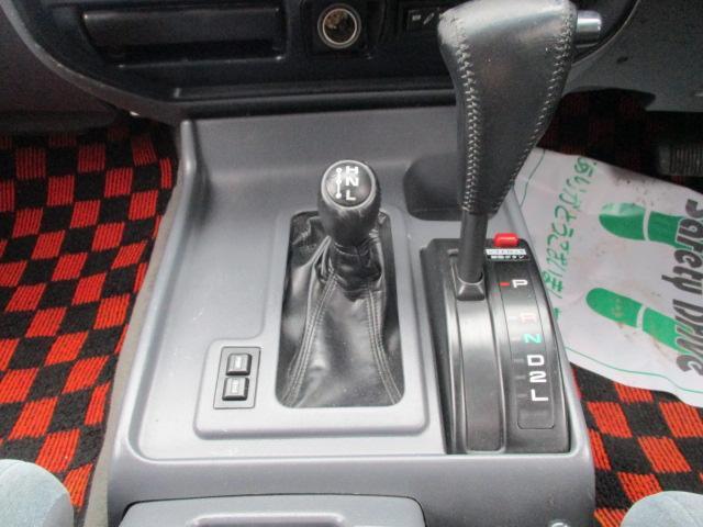 VXリミテッド 4WD リフトアップ 社外メモリーナビ(14枚目)