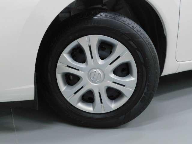 タイヤサイズは【185/70R14】です。