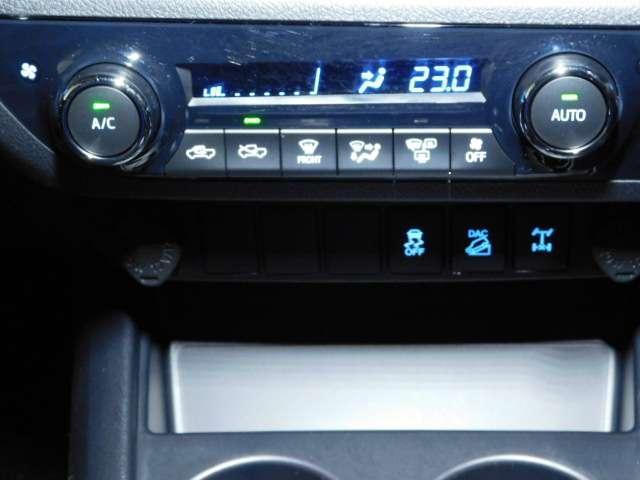 2.4 Z ブラック ラリー エディション ディーゼルターボ 4WD(11枚目)
