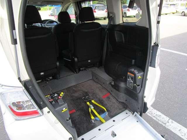 ホンダ フリード X 車椅子スロープ