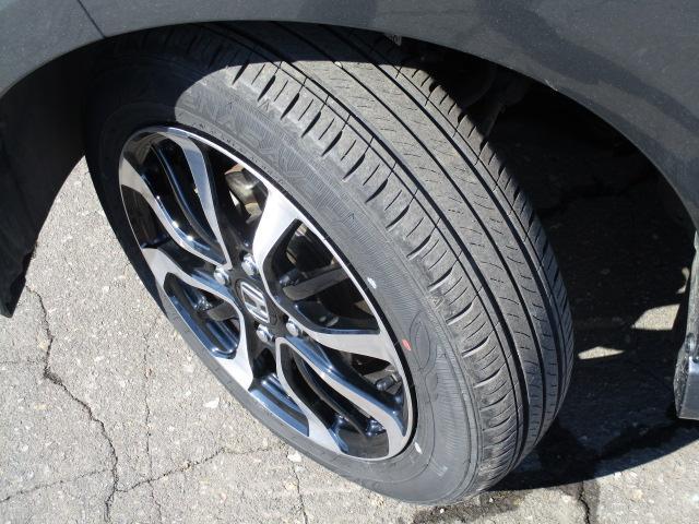 G・Lホンダセンシング 4WD 衝突被害軽減ブレーキ オートクルーズ シートヒーター 片側パワースライド LEDライト ワンオーナー 試乗車UP(12枚目)