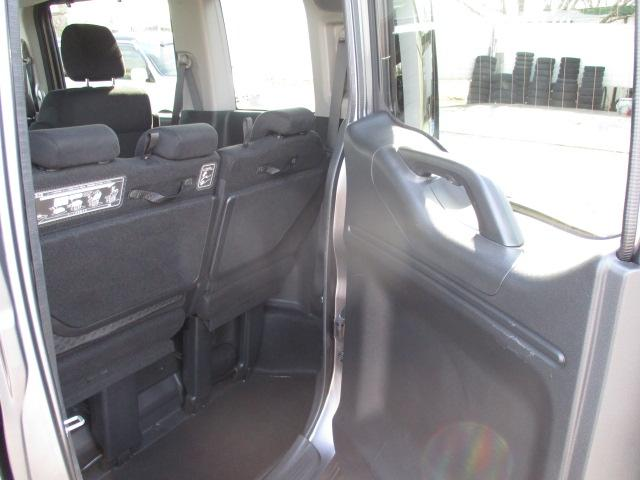 スパーダ ホンダセンシング ターボ4WD 衝突被害軽減ブレーキ ナビTV バックカメラ 両側パワースライド オートクルーズ キャプテンシート ETC エンジンスターター ワンオーナー パドルシフト(23枚目)