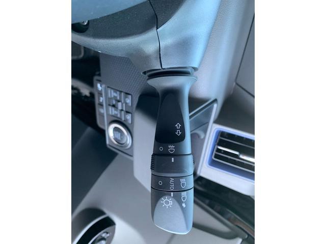カスタムRS4WD 両側電動スライドドア 9インチナビ(32枚目)