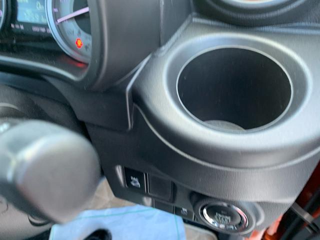 アクティバX ワンオーナー・4WD・ナビ・オートエアコン・スタッドレスタイヤ(17枚目)