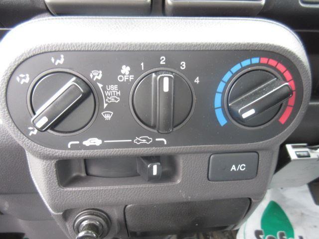 保冷車 マニュアル 4WD(8枚目)