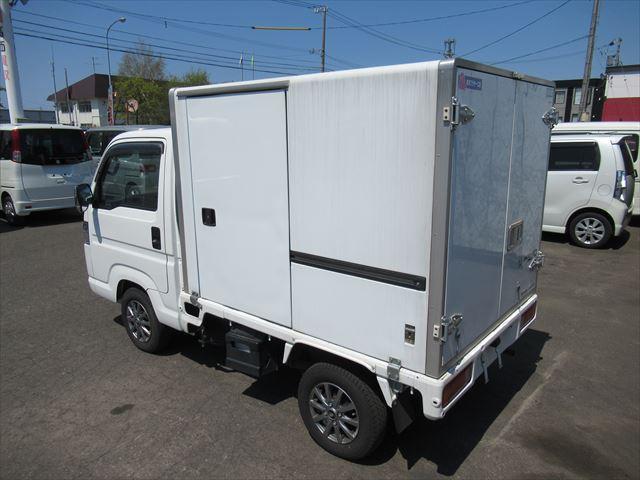 保冷車 マニュアル 4WD(13枚目)