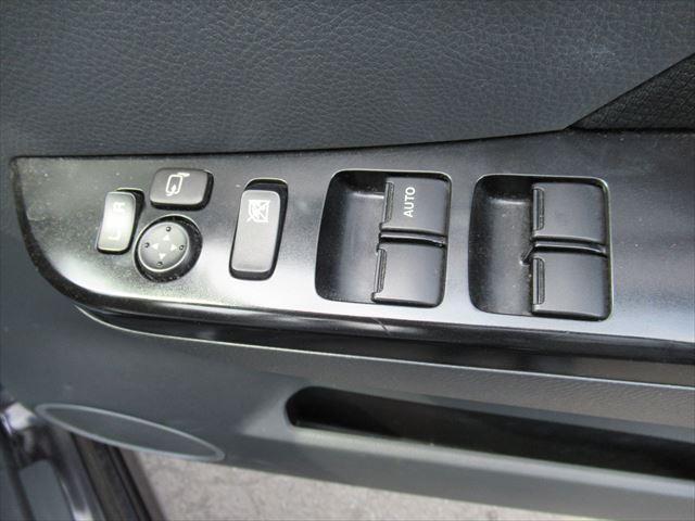 X 4WD ナビTV ABS スマートキー HID(14枚目)