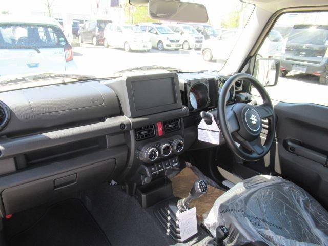 XL セーフティサポート 届出済未使用車 MT車 4WD フロアマット付 ABS スマートキー(6枚目)