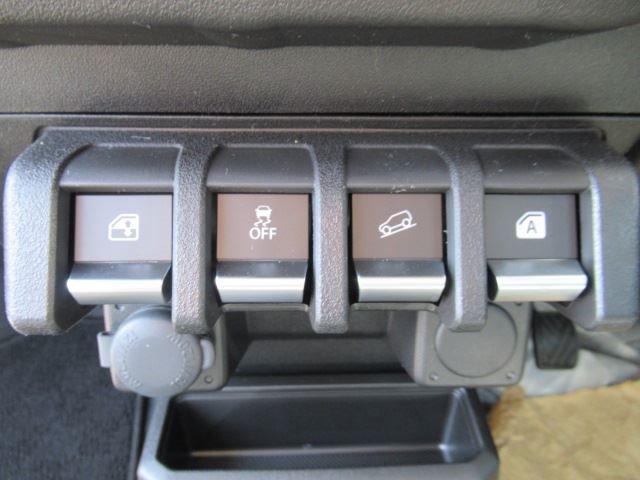 XL セーフティサポート 届出済未使用車 MT車 4WD フロアマット付 ABS スマートキー(15枚目)