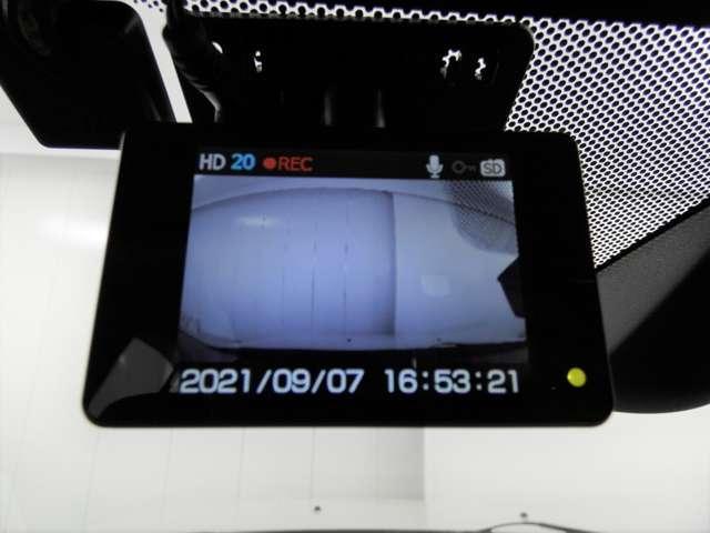 スポーツ 寒冷地仕様 パドルシフト ETC 横滑り防止機能 切替式4WD ドライブレコーダー(18枚目)