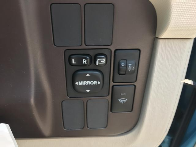 トヨタ パッソ X 4WD キーレス