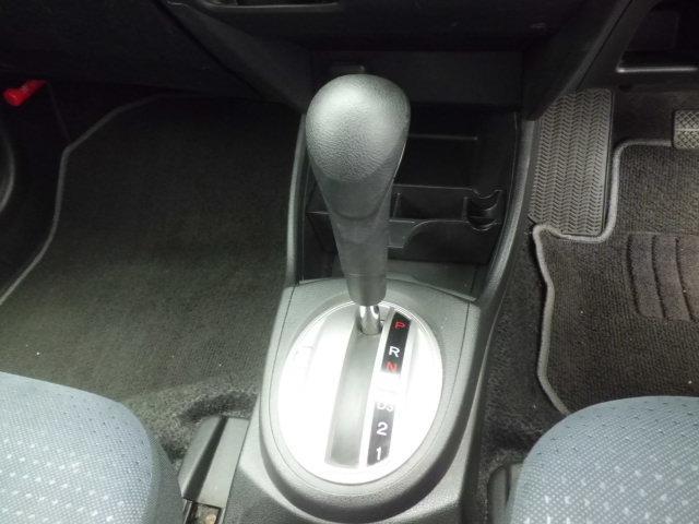 ホンダ フィット G Fパッケージ コンフォートビューパッケージ 4WD