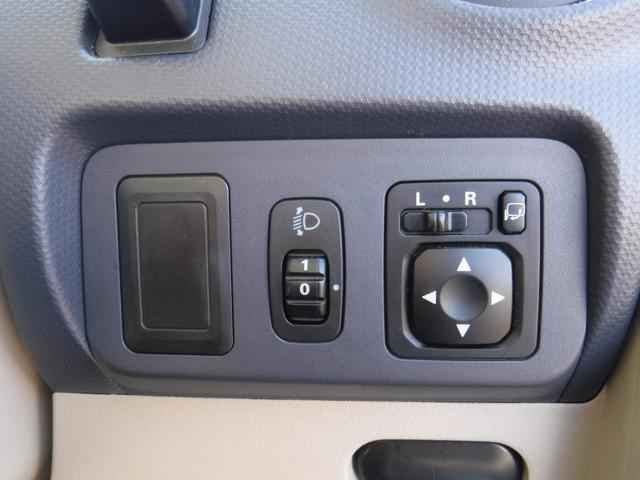S 2WD 社外オーディオ DVD再生機能付き(9枚目)