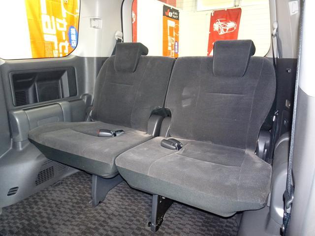 X 4WD 純正ナビ フルセグTV 寒冷地仕様 ETC 社外アルミ フォグランプ 8人乗り 禁煙車(27枚目)