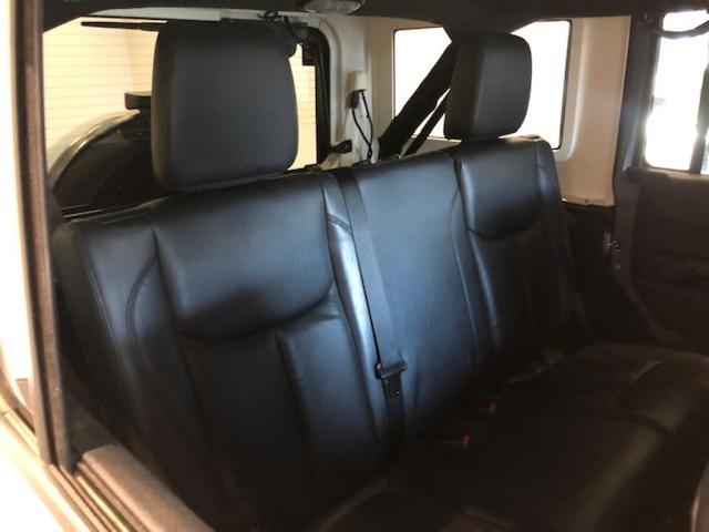 「その他」「クライスラージープ ラングラーアンリミテッド」「SUV・クロカン」「北海道」の中古車15