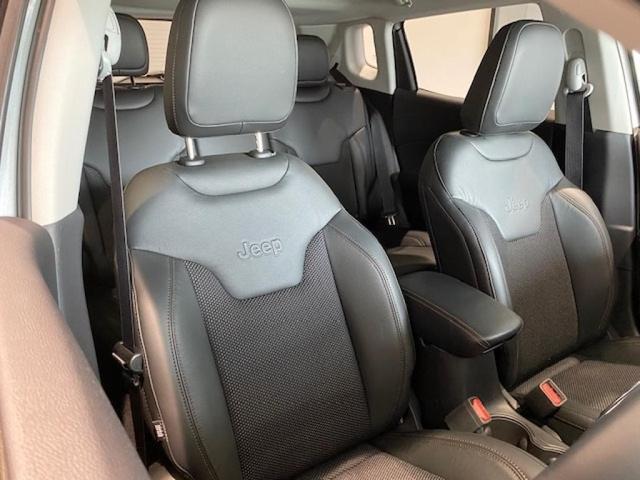 「その他」「ジープコンパス」「SUV・クロカン」「北海道」の中古車16