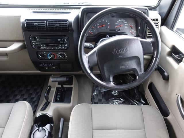 運転席&助手席エアバック装備してます☆