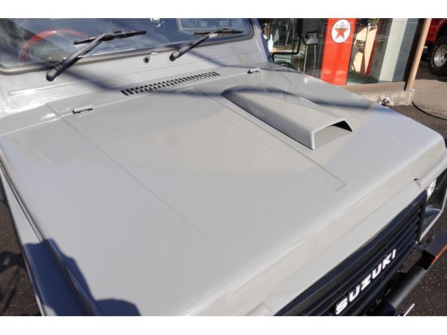 ワイルドウインドリミテッド RETRO STYLE 全塗装仕上 リフトアップ 前後新品パイプバンパー 新品クリーピークローラーマッドタイヤ 新品レザーシートカバー 新品ウッドハンドル クラシックグリル(7枚目)
