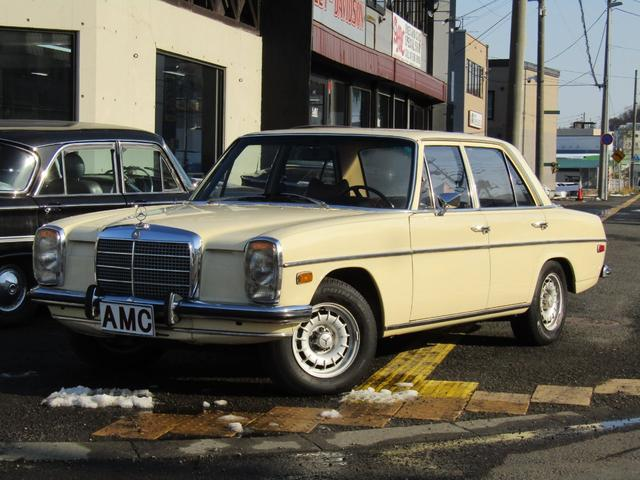 メルセデス・ベンツ M・ベンツ 220 型式115010