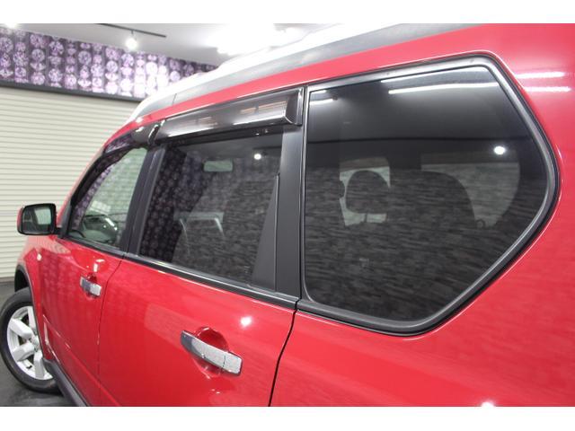 ドアバイザーもついていますので、天候が悪くても空気の入れ替えが可能です^^