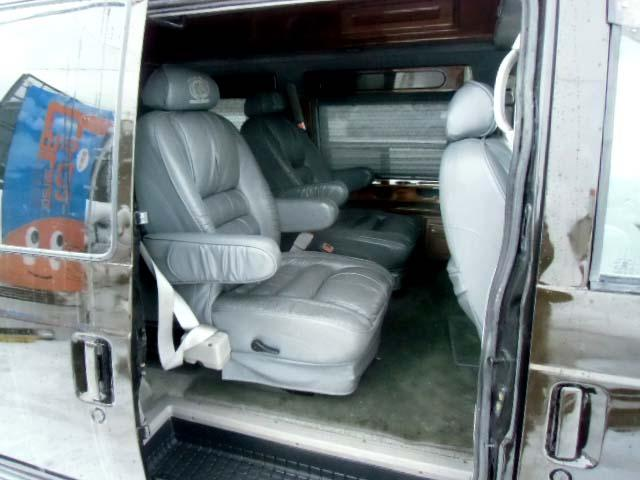 シボレー シボレー アストロ AWD ティアラ ディーラー車 20AW 1ナンバー HID