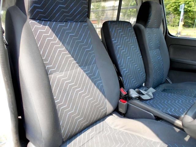日産 キャラバン 4WD 3.0ディーゼルターボ SロングDX HR 後期型