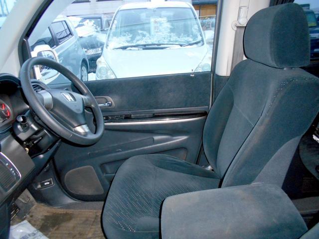 ホンダ ステップワゴン 4WD 2.0スパーダS 電動スライド マフラー HID