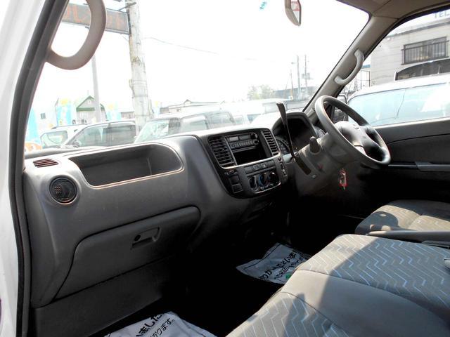 4WD 3.0DT スーパーロング DXターボ 9人乗り(13枚目)