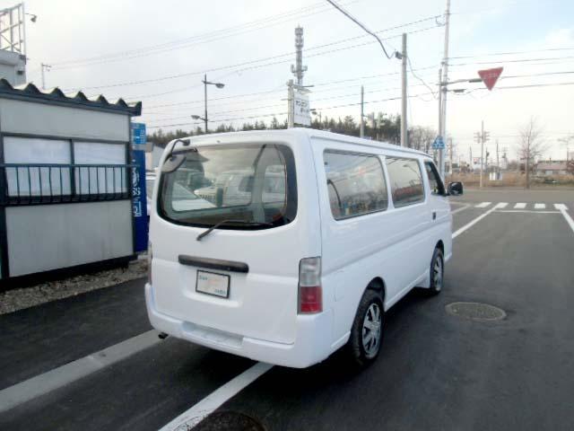 4WD 3.0ディーゼルターボ ロングDX 6人乗り(5枚目)