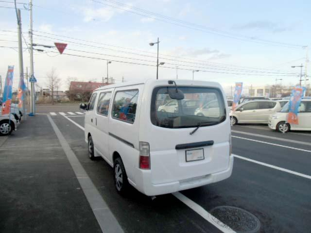4WD 3.0ディーゼルターボ ロングDX 6人乗り(7枚目)