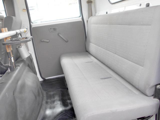 4WD 3.0ディーゼルターボ Wキャブ 6人乗り(24枚目)